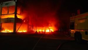 Alle MotoE-Bikes gehen in Flammen auf