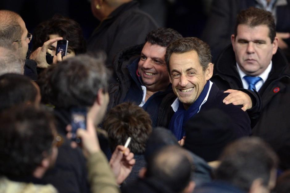Nicolas Sarkozy hat auch seine Liebe zu PSG entdeckt