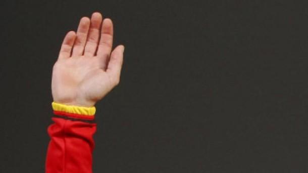 ARD und ZDF erwägen Ausstieg - Holczer will klagen
