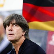 Warten auf Länderspiele: Bundestrainer Joachim Löw ist mindestens zehn Monate ohne Einsatz.