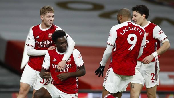 Arsenal ist wie ein Geisterschiff im Nebel