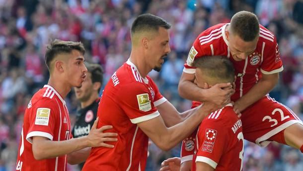 Bayern experimentiert und gewinnt