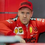 Saisonstart ungewiss: Sebastian Vettel und Ferrari in der Formel 1