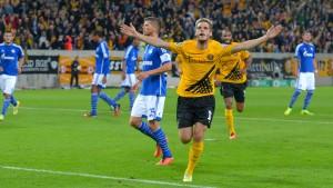 Schalke scheitert an Schwarz-Gelb