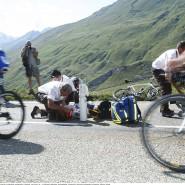 Stürze gehören im Radrennsport dazu, besonders im Training sind sie aber gefährlich.