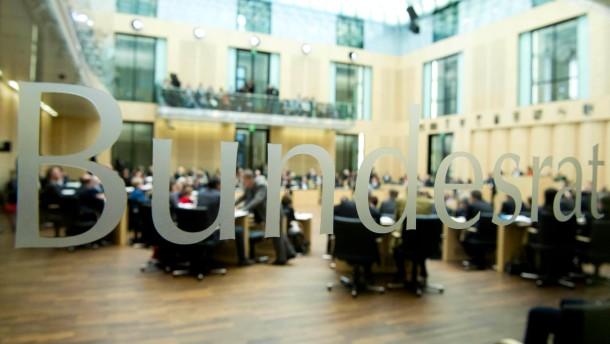Kauder warnt SPD vor Blockade im Bundesrat