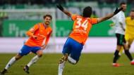 Kaum zu fassen: Hamit Altintop hat in der Nachspielzeit getroffen
