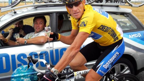 Lance Armstrong dreht das Rad zurück