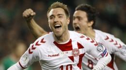 Unglaubliches Torfestival bringt Dänemark zur WM