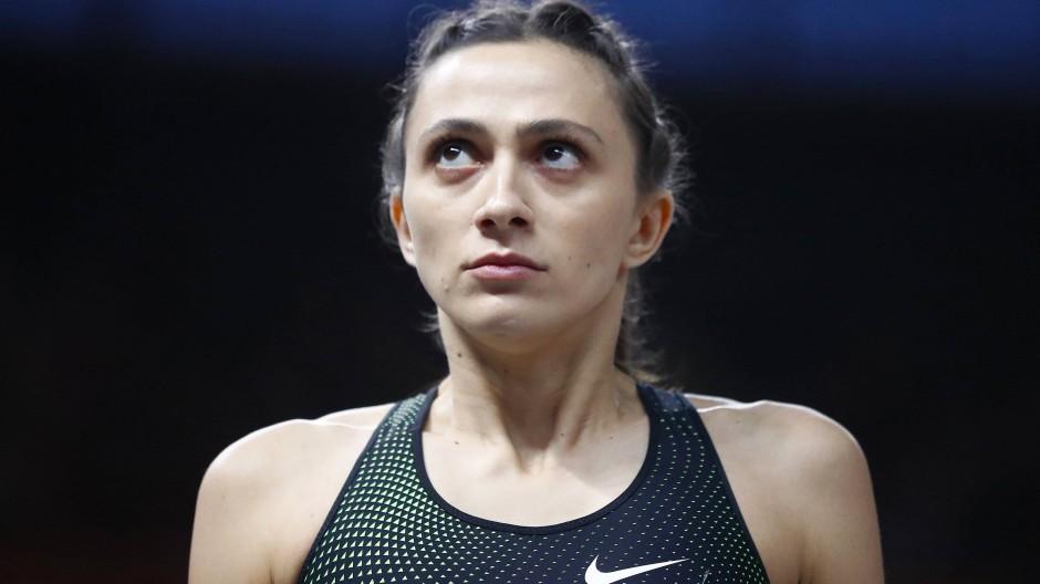 Bringt ihren Ärger zum Ausdruck: die russische Hochspringerin Marija Lassizkene