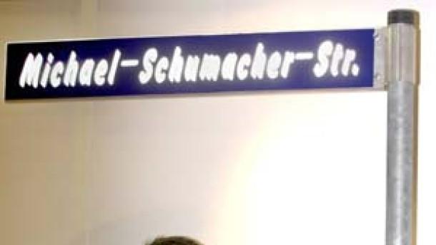 Straße für und Strafanzeige gegen Schumacher