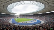 Ob die Sommerspiele 2024 ins Berliner Olympiastadion kommen, hängt auch vom Bürgerentscheid ab