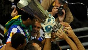 Der Rekordmann schießt Porto zum Titel