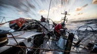 """Skipper David Witt verkündete, dass die Crew das Ocean Race auf jeden Fall beenden wil: """"Scallywags geben niemals auf!"""""""