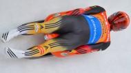 Schnell wie eh und je: Felix Loch gewinnt den Weltcupauftakt in Innsbruck
