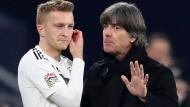 Weil Marco Reus (links) zuletzt ein Probleme hatte, wechselte der Bundestrainer den Dortmunder nur ein.