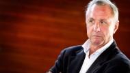 """Johan Cruyff lässt sich vom Krebs nicht unterkriegen: """"Dank der exzellenten Arbeit der Ärzte, der Zuneigung der Menschen und meiner positiven Einstellung"""""""