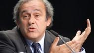 Olympia und Fußball-EM werden schwierig: Uefa-Präsident Michel Platini