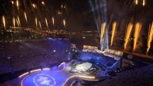 Olympische Flamme mit Pathos und Patriotismus entzündet