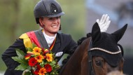 Dressurreiterin Jessica von Bredow-Werndl gewinnt auf Dalera