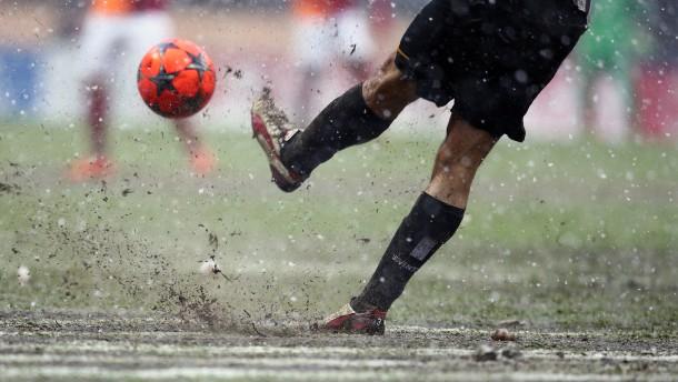 Galatasaray gewinnt die Schlammschlacht