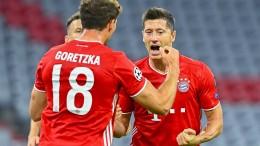FC Bayern mit Wucht ins Viertelfinale