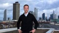 """Der Eintracht-Vorstandschef mit Familie in Berlin: """"Wenn wir in Frankfurt sind, geht es volle Power 24/7 nur um Fußball."""""""
