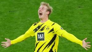 Dortmund hilft ein Glücksschuss ins Tor