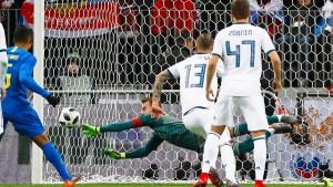 Brasilien schlägt WM-Gastgeber Russland