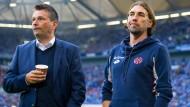 Planen weiter zusammen: Der Mainzer Trainer Martin Schmidt und der künftige Schalke-Vorstand Christian Heidel (l.)
