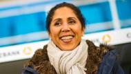 """""""Der leichtere Weg, mehr bei sich selbst zu sein"""": Bundestrainerin Steffi Jones."""