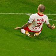 Die frühe Freude: Angelino legt nach kaum zwei Minuten den Grundstein zum Sieg