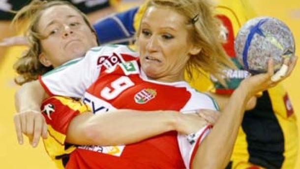 Handball-Frauen starten mit Niederlage in Hauptrunde