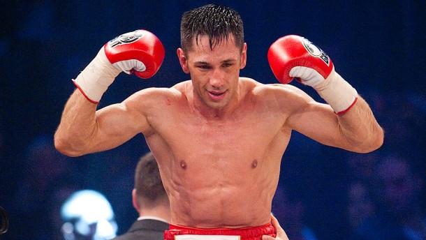 Boxer Felix Sturm will wieder in den Ring