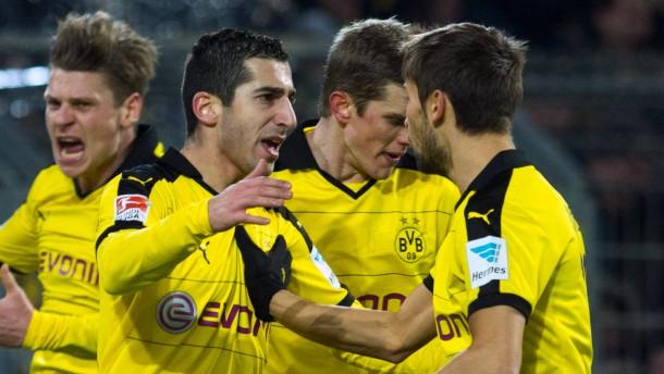 Ein Platzverweis hilft Dortmund