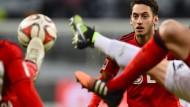Ein Duell auf Augenhöhe: Gespitzel-Spiel zwischen Bayer und Borussia