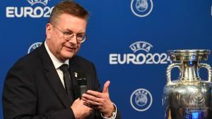 Grindel strebt Wiederwahl als DFB-Chef an