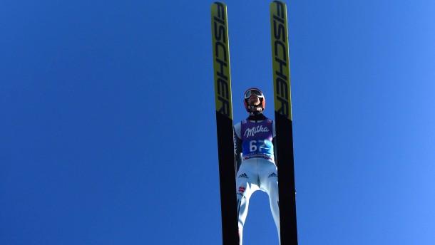 Eisenbichler gewinnt Qualifikation in Garmisch
