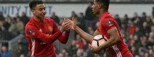 United jubelt: Jesse Lingard (l.) gratuliert Marcus Rashford