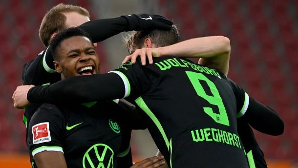 Wolfsburg stürmt Richtung Champions League