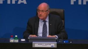 Blatter gibt sich nach Wiederwahl kämpferisch