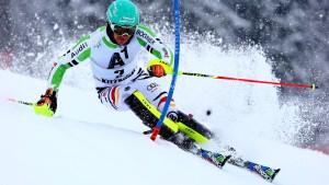 Neureuther gewinnt den Slalom von Kitzbühel