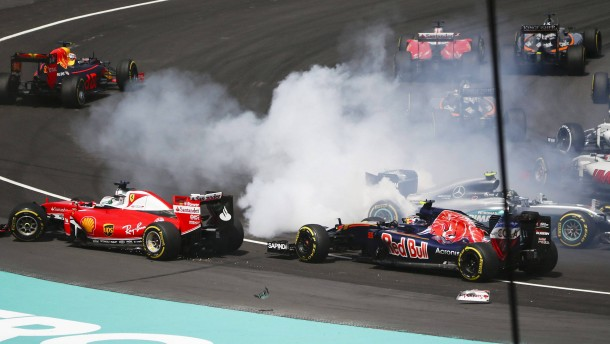 Vettel entschuldigt sich bei Rosberg