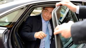Opposition wirft Rumäniens Regierung Putsch vor