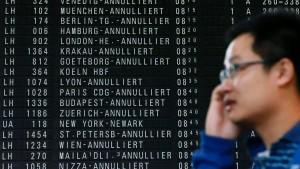 Lufthansa und Gewerkschaft werfen sich Arroganz vor