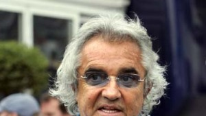 Briatore hält Renault die Treue
