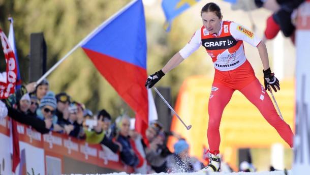 Justyna Kowalczyk läuft bei der Tour de Ski in einer eigenen Liga