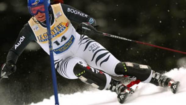 Martina Ertl und Monika Bergmann auf Platz drei