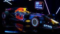 """""""Brich mit der Tradition, brich mit dem Aberglauben"""": der neue Wagen von Red Bull."""