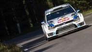 Sebastien Ogier fährt mit VW vornweg – aber ausgerechnet in Frankreich hat er Probleme